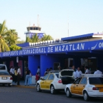 Aeropuerto Internacional General Rafael Buelna (MZT)
