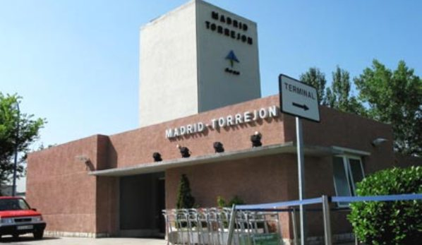 Aeropuerto de madrid torrej n toj aeropuertos net for Oficina de empleo torrejon de ardoz