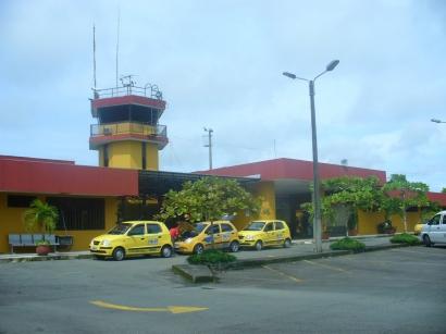 Aeropuerto Gerardo Tobar López