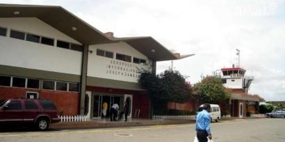 Aeropuerto Internacional Josefa Camejo