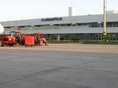 Aeropuerto Internacional Hercílio Luz