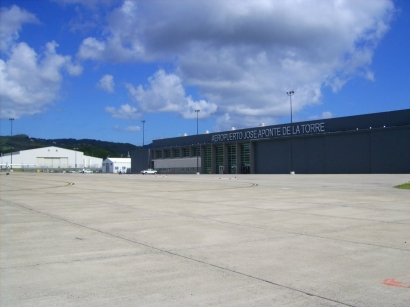 Aeropuerto José Aponte de la Torre