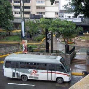 Autobuses en el Aeropuerto Internacional de Maiquetia Simón Bolivar