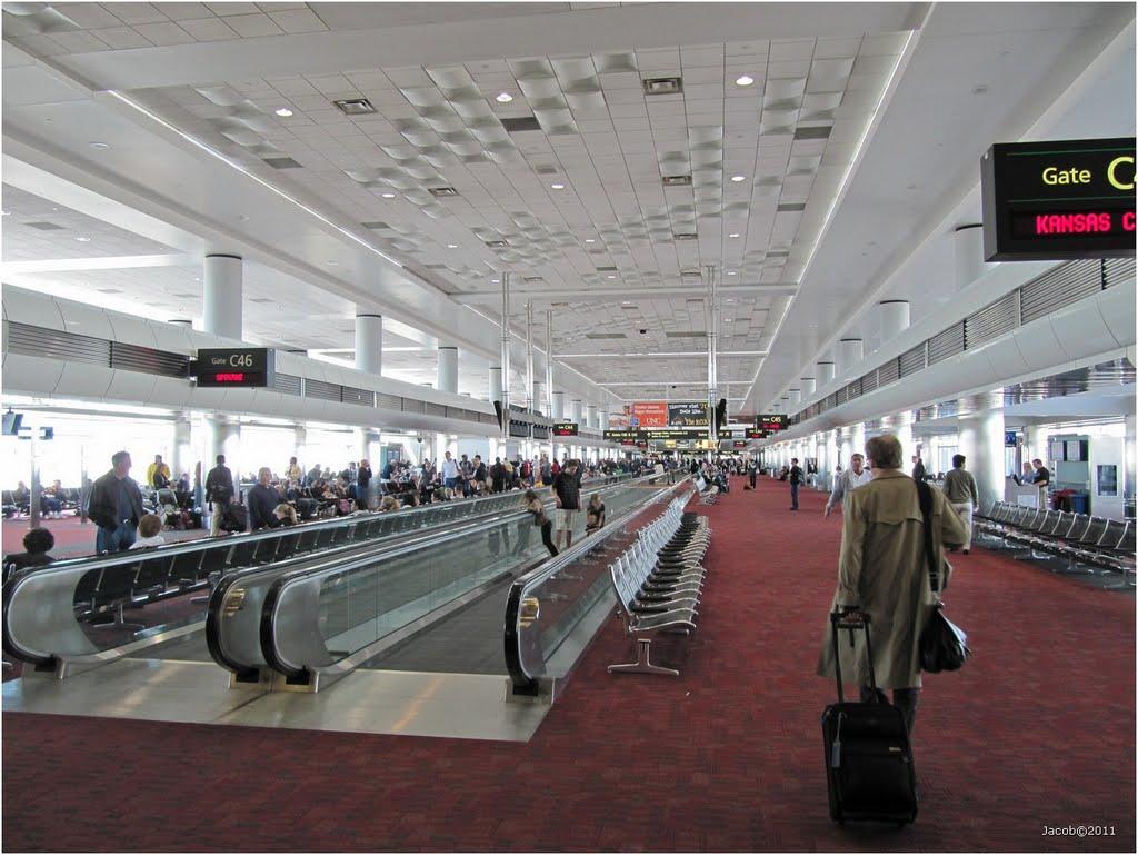 Aeropuerto internacional de denver den aeropuertos net for Cajeros en el aeropuerto