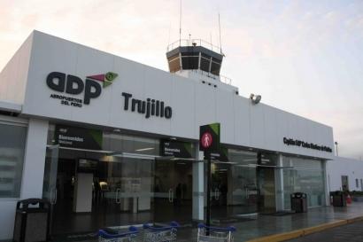 Aeropuerto Internacional de Trujillo - Perú