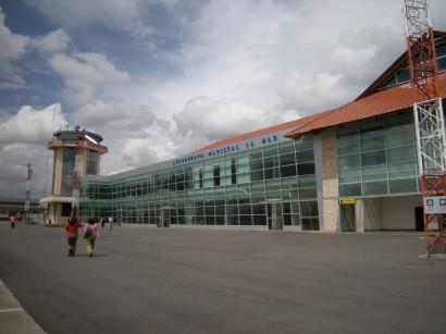 Aeropuerto Internacional Mariscal Lamar