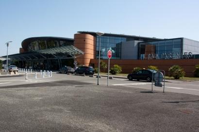 Aeropuerto Internacional de Pau-Pirineos