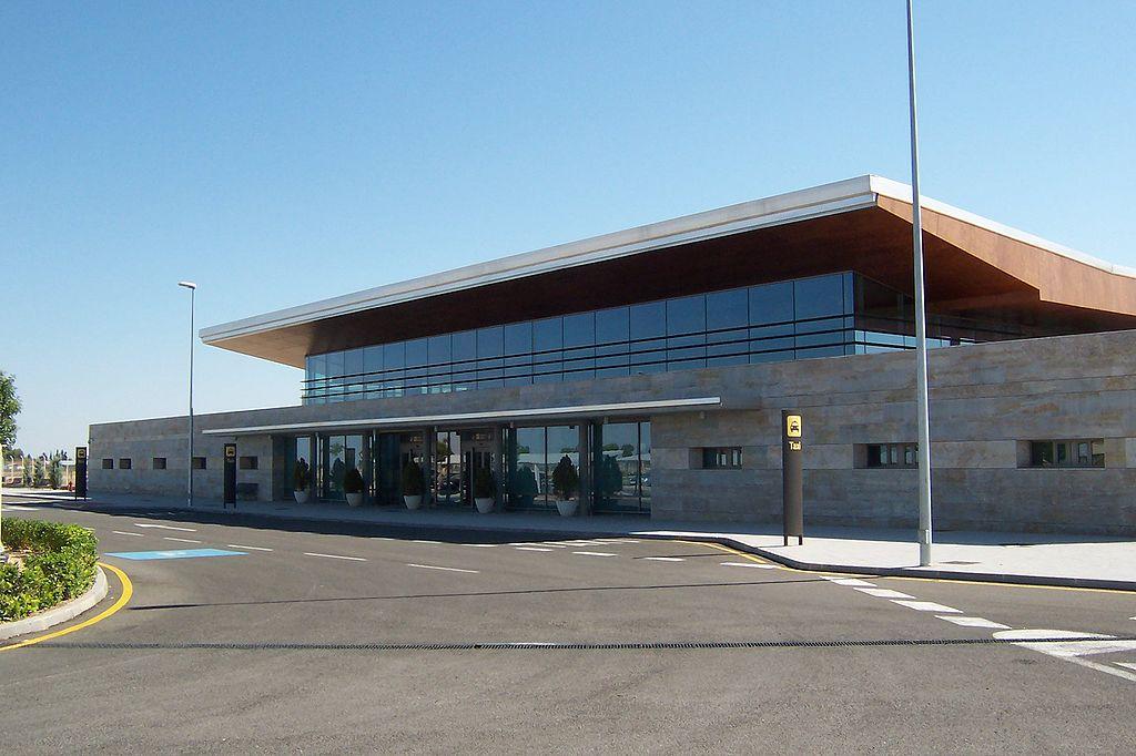 Aeropuerto de albacete abc aeropuertos net for Oficina correos albacete