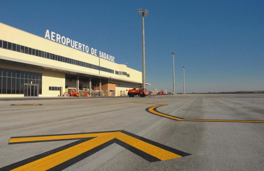 Aeropuerto de badajoz bjz aeropuertos net for Oficina del consumidor badajoz