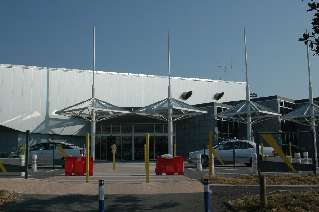 aeropuerto de biarritz anglet bayonne biq aeropuertos net. Black Bedroom Furniture Sets. Home Design Ideas