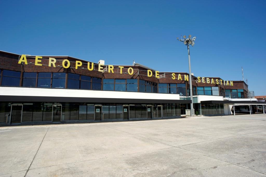 Aeropuerto de san sebasti n eas aeropuertos net - El tiempo para manana en san sebastian guipuzcoa ...