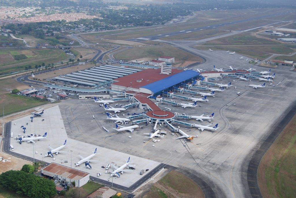 Resultado de imagen para aeropuerto tocumen