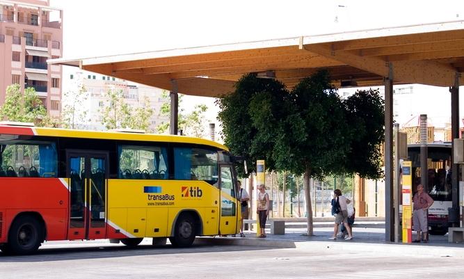 Autobuses aeropuerto de palma de mallorca aeropuertos net - Transportes palma de mallorca ...