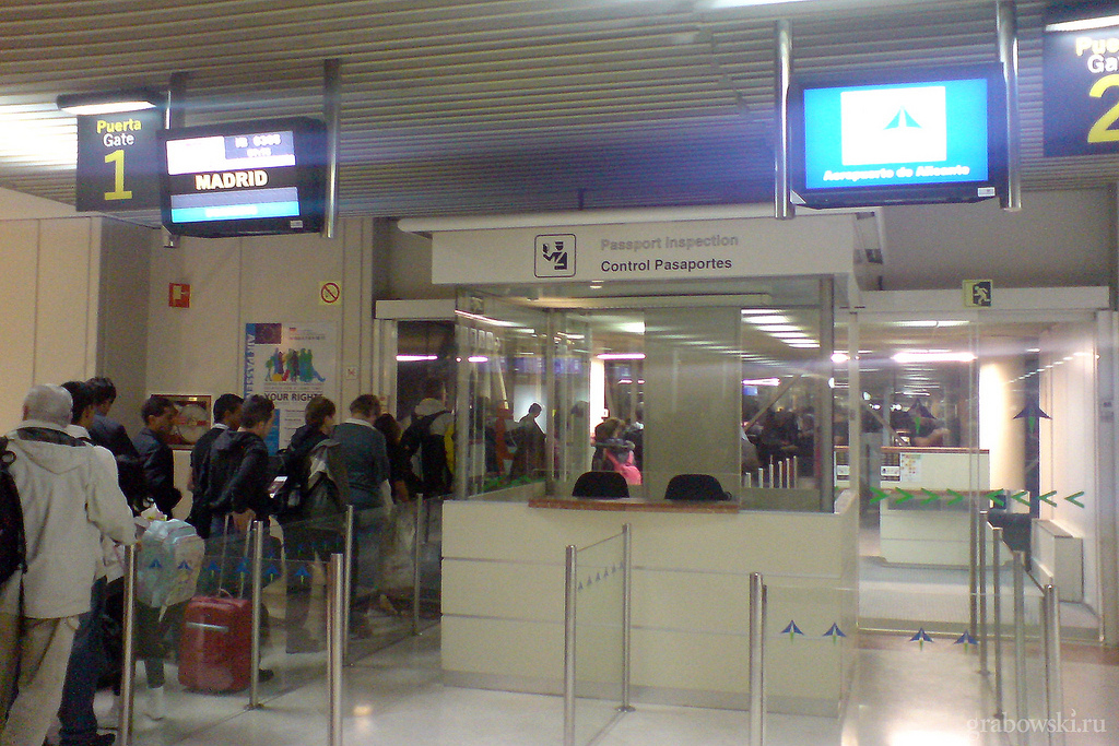 Enterprise Van Rental >> Aeropuerto de Alicante - Elche (ALC) - Aeropuertos.Net
