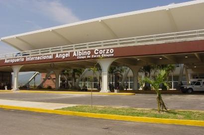 Aeropuerto Internacional Ángel Albino Corzo