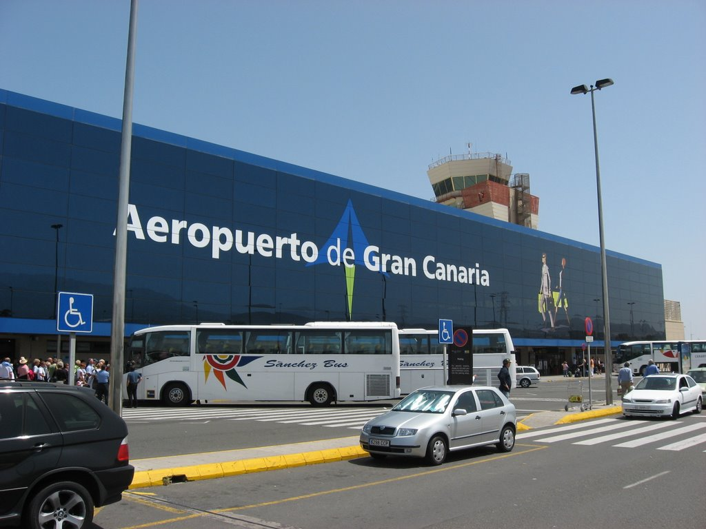 Resultado de imagen de aeropuertos canarias