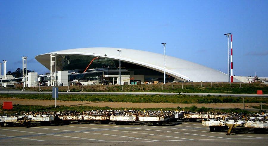 Resultado de imagen para aeropuerto internacional de carrasco
