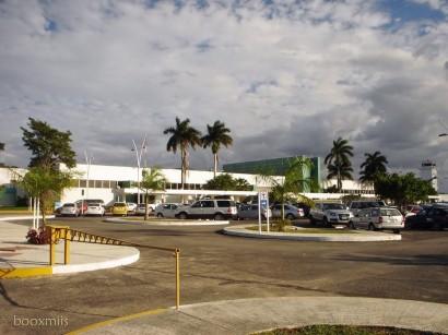 Aeropuerto Internacional Manuel Crescencio Rejón