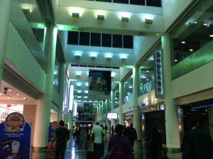Interiores del Aeropuerto Internacional de Miami.