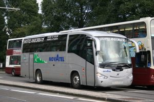 Autobuses Novatel.