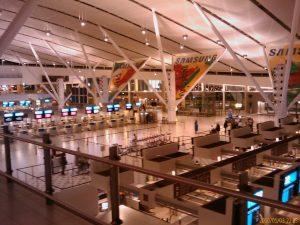 Interior del Aeropuerto de Ciudad del Cabo