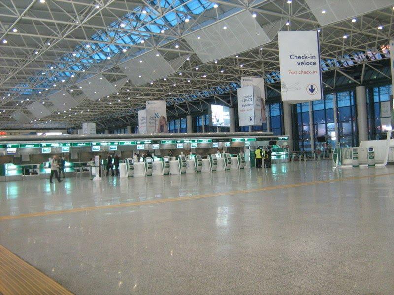 Aeropuerto De Roma-fiumicino  Fco