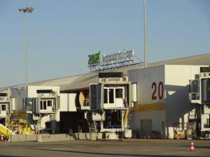 Gate 20 at Faro airport
