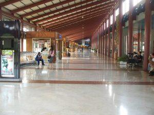 Interiores del Aeropuerto de Yakarta