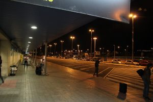 Aeropuerto de Gran Canaria de noche