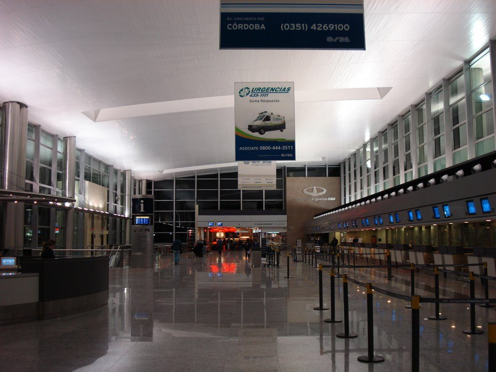 Aeropuerto internacional ingeniero ambrosio taravella cor for Telefono informacion ministerio interior