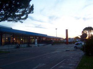 Forli airport, terminal de salidas