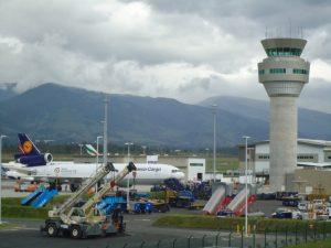 Aeropuerto Mariscal Sucre, Torre de Control