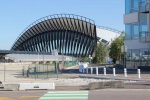 Vista frontal del Aeropuerto de Lyon-Saint-Exupéry