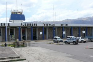 Aeropuerto Internacional Velasco Astete