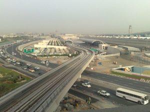Transporte y desplazamento en el Aeropuerto de Dubái