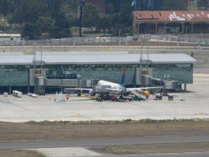 Llegadas de vuelos al Aeropuerto La Aurora