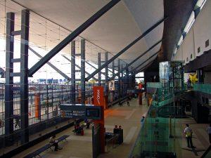 Interior del Aeropuerto de Monterrey