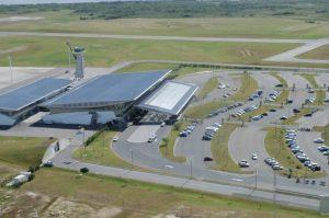 Vista aérea del Aeropuerto de Punta del Este