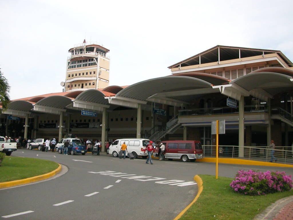 Aeropuerto Internacional del Cibao (STI) - Aeropuertos.Net