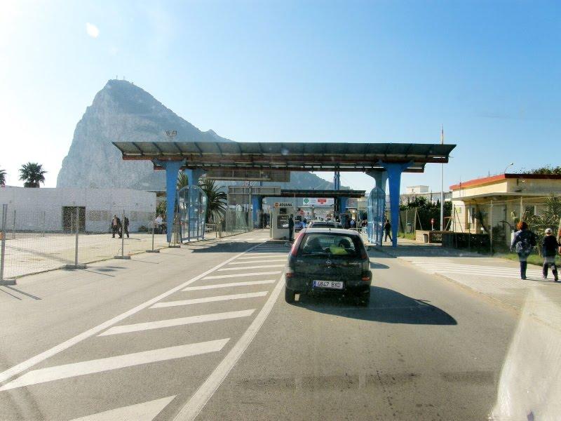 Aeropuerto de gibraltar gib aeropuertos net for Alquiler de casas en aeropuerto viejo sevilla