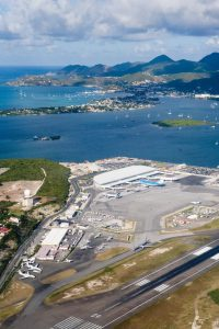 Aeropuerto Internacional Princesa Juliana - vista aerea