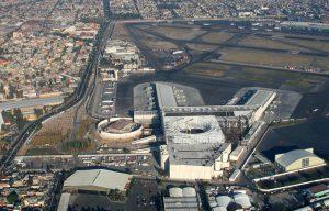 Estacionamiento en el Aeropuerto Benito Juarez