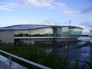 Photographie du nouvel aéroport de Brest Bretagne inauguré en 2007