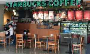 Starbucks en el Aeropuerto Jorge Chávez.