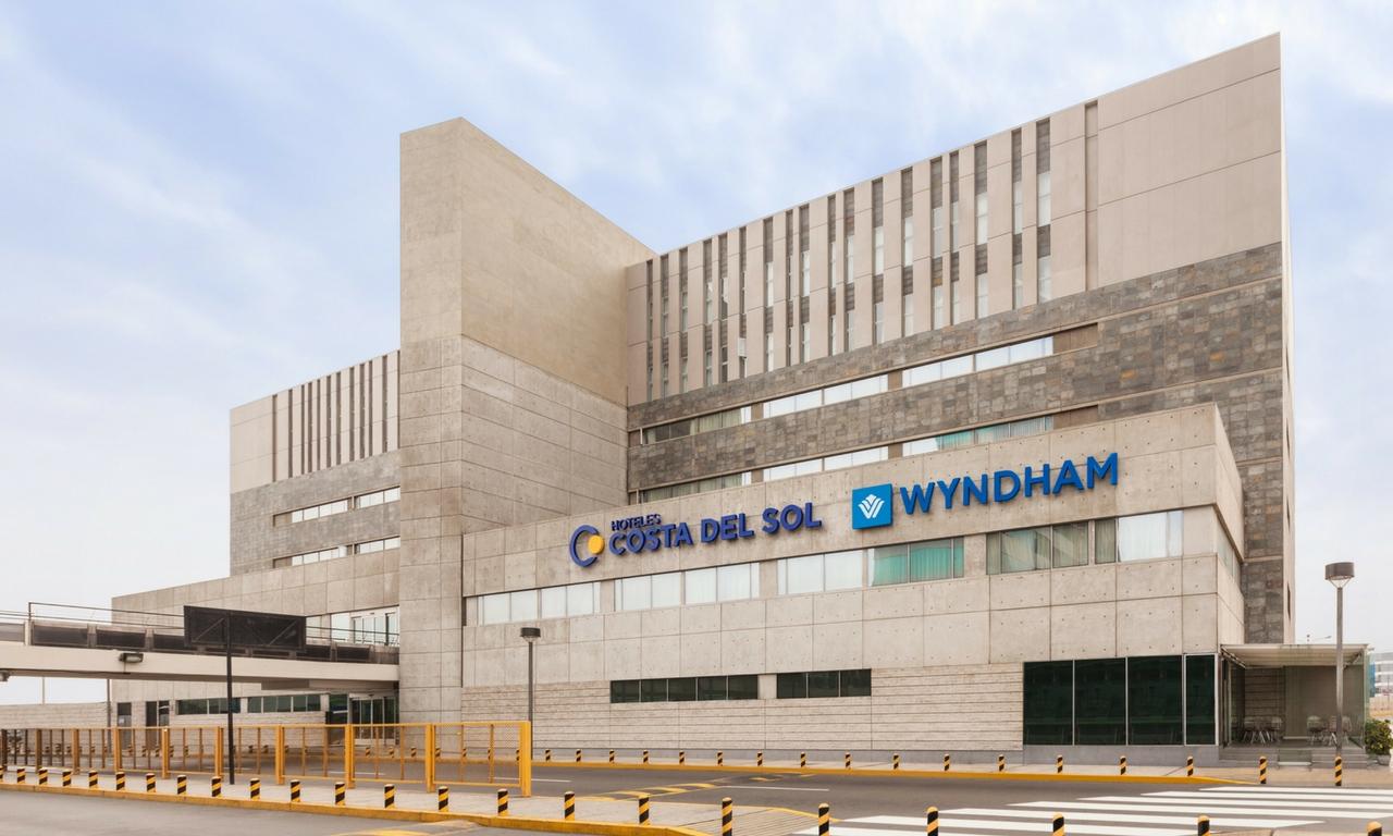 Permalink to Hotel Costa Del Sol Wyndham Lima