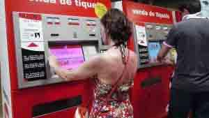 Máquina de billetes del metro de Barcelona.