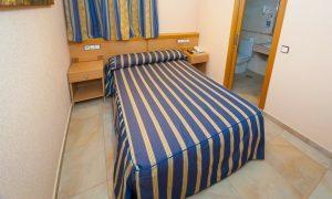 Habitación individual, en el Hostal Viky