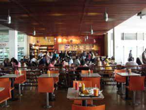 Aeropuerto El Dorado, tiene restaurantes para los gustos de todos lo viajeros.