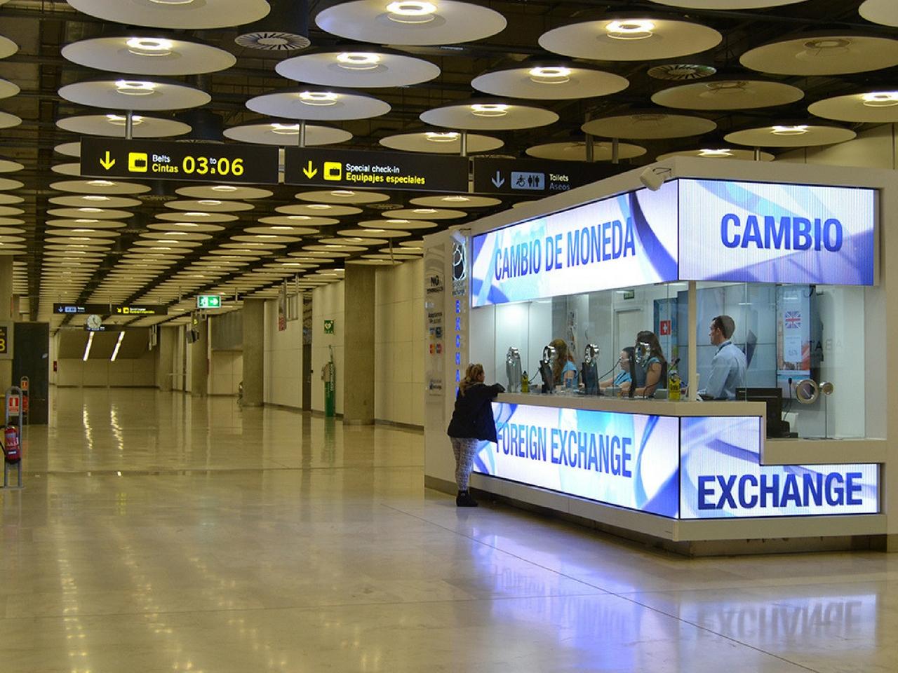 Cambio de divisas aeropuerto de palma de mallorca for Oficina de consumo palma de mallorca